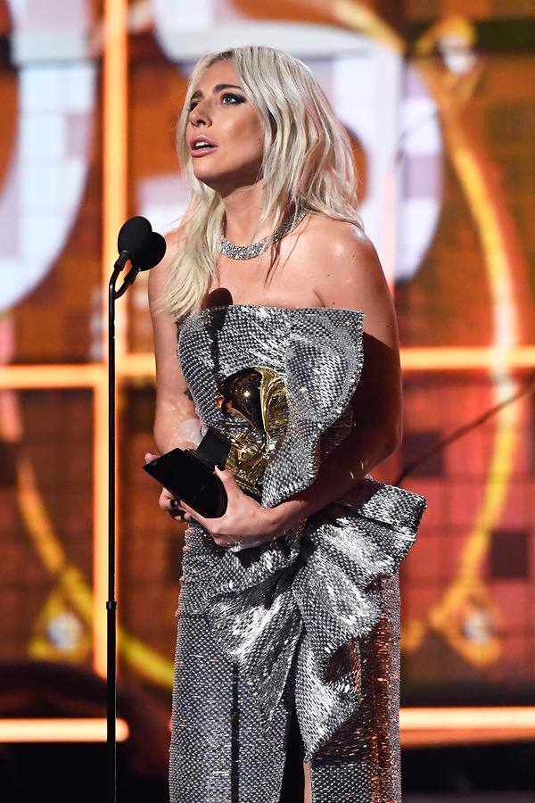 Lady Gaga giành 3 giải Grammy 2019, nhưng để hụt 'Ca khúc của năm' về tay This Is America 2
