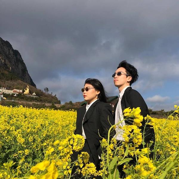 Cặp đôi Hàn Quốc đang nổi tiếng trên mạng xã hội với bộ ảnh du lịch theo phóng cách 'chủ tịch'