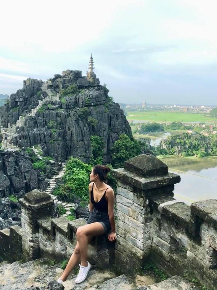 Bạn gái Quang Hải bị 'ném đá' nhưng loạt người đẹp này còn sexy hơn ở đệ nhất sống ảo Ninh Bình 2