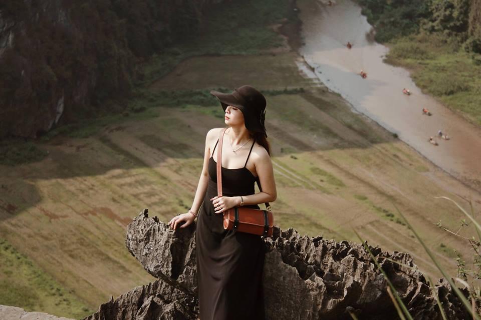 Bạn gái Quang Hải bị 'ném đá' nhưng loạt người đẹp này còn sexy hơn ở đệ nhất sống ảo Ninh Bình 8