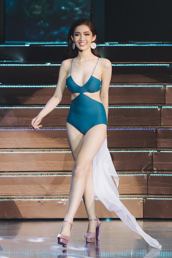 Nhật Hà gây ấn tượng với hình thể và phong thái trong phần thi bikini trước đó.