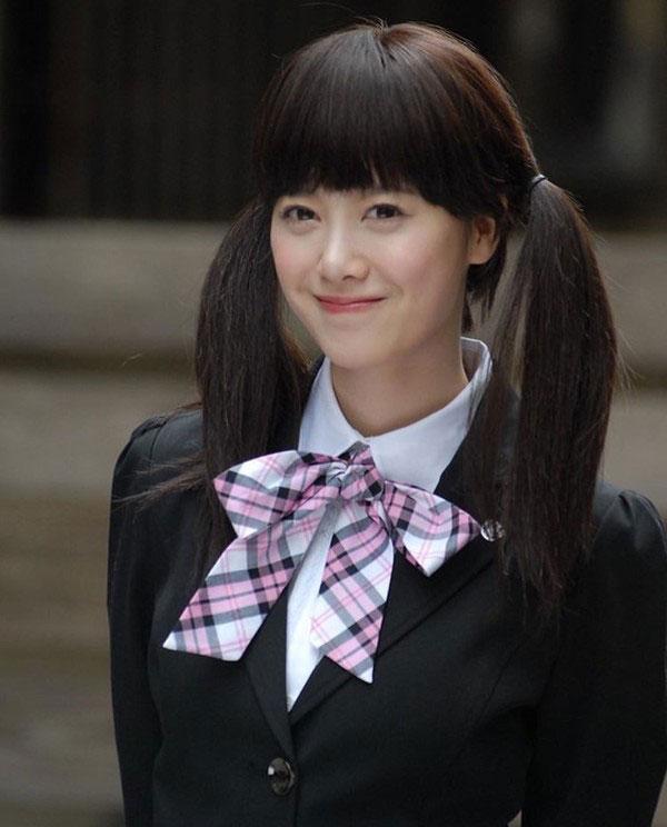 Tạo hình nữ sinh của Park Min Young, Choi Siwon, Goo Hye Sun: Quá tuổi nhưng vẫn trẻ trung 0