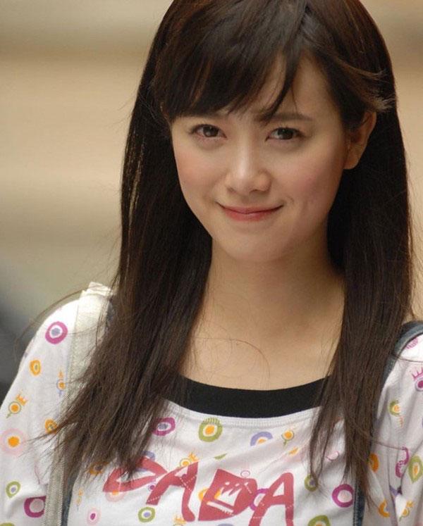 Tạo hình nữ sinh của Park Min Young, Choi Siwon, Goo Hye Sun: Quá tuổi nhưng vẫn trẻ trung 3