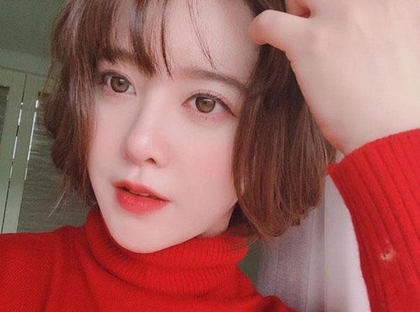 Gương mặt hiện tại của Goo Hye Sun quả thực giống một cô búp bê, xinh không tì vết.