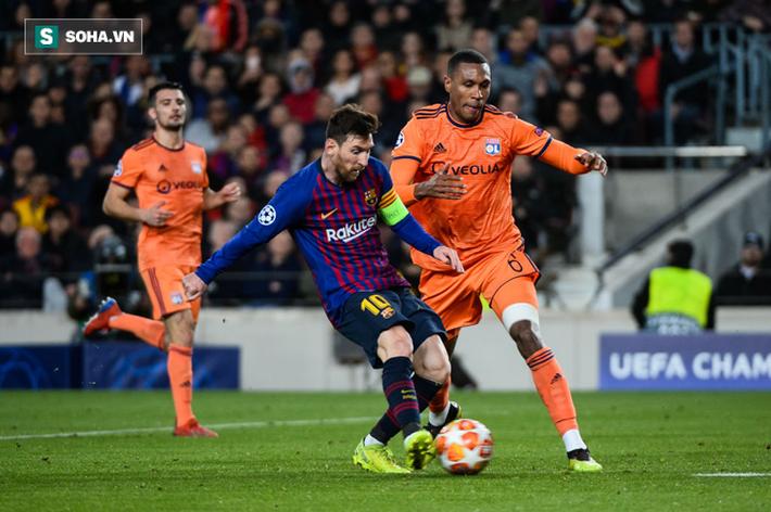 Lyon không thể ngăn nổi Messi