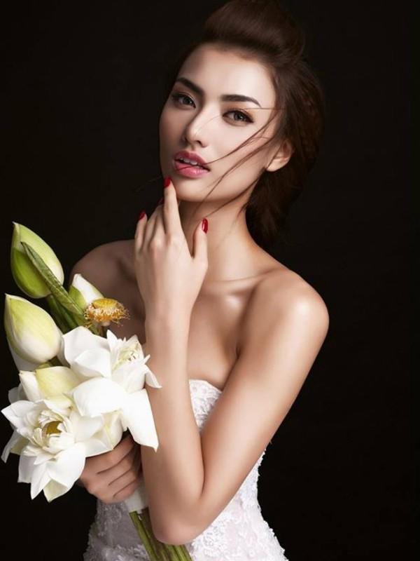 Người mẫu Hồng Quế