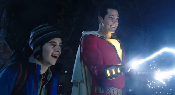Shazam là siêu anh hùng nào mà dân tình đồn đoán còn sở hữu siêu năng lực khủng khiếp hơn cả Superman? 1