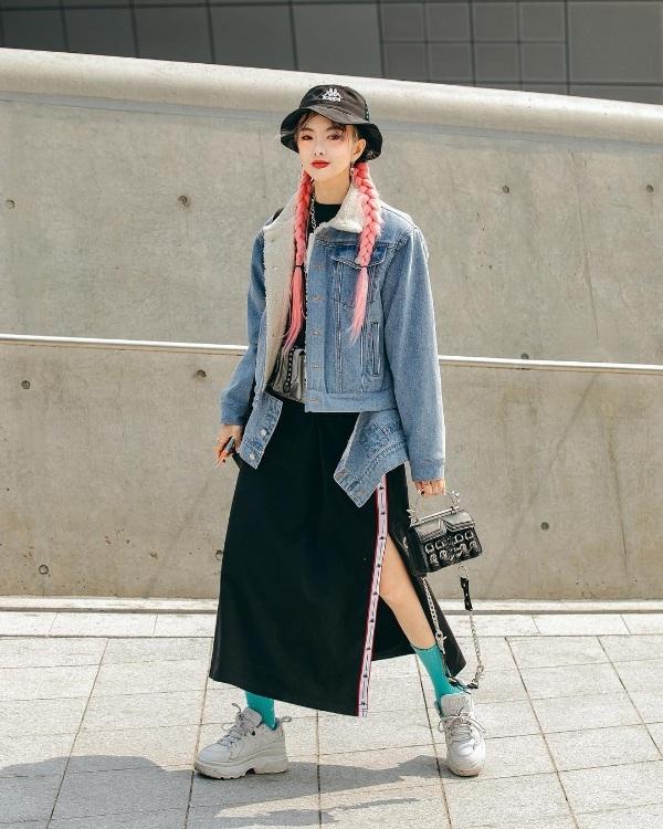 Giới trẻ Hàn lăng xê trang phục cá tính tại Seoul Fashion Week Thu/Đông 2019 0