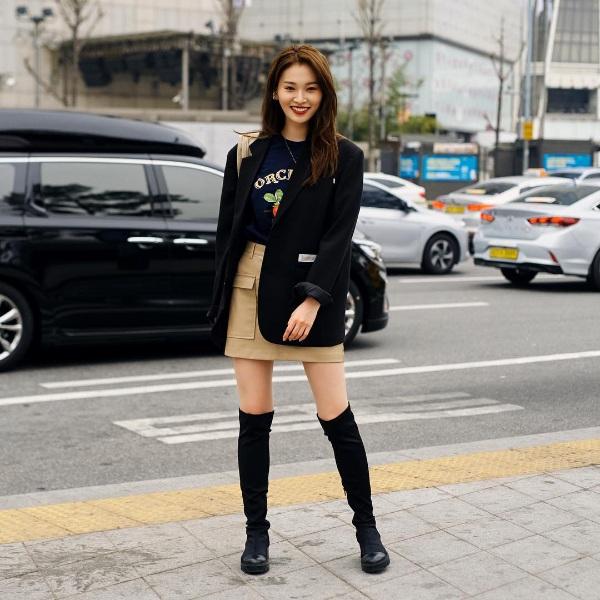 Giới trẻ Hàn lăng xê trang phục cá tính tại Seoul Fashion Week Thu/Đông 2019 2