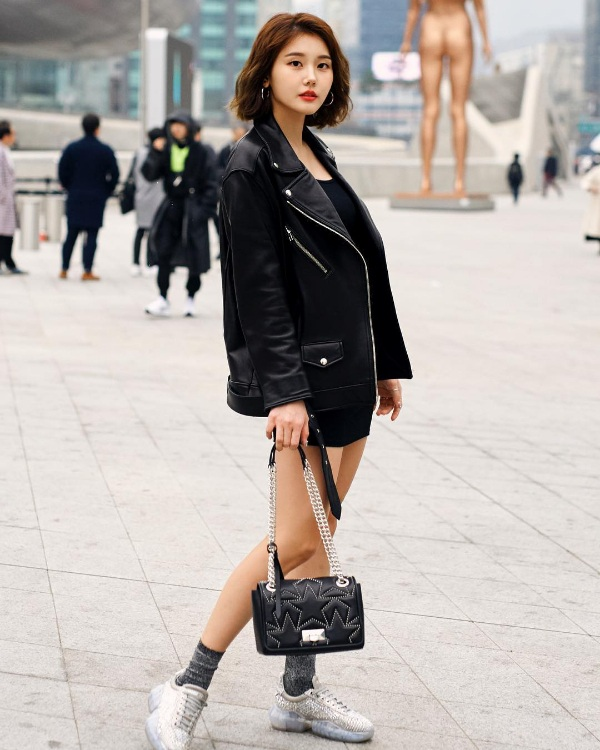 Giới trẻ Hàn lăng xê trang phục cá tính tại Seoul Fashion Week Thu/Đông 2019 1
