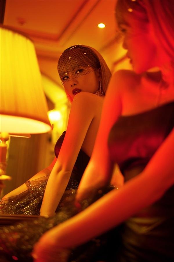 Sau 1 năm vắng bóng, Thiều Bảo Trâm tung teaser MV mới đầy quyến rũ, bí ẩn 2