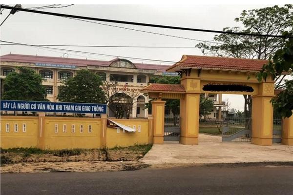 Ngôi trường nơi nhạn nhân và các nghi phạm đang theo học.