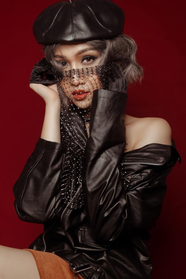 Hậu Miss International Queen, học trò Hương Giang tung ảnh khoe đường cong nóng bỏng 3