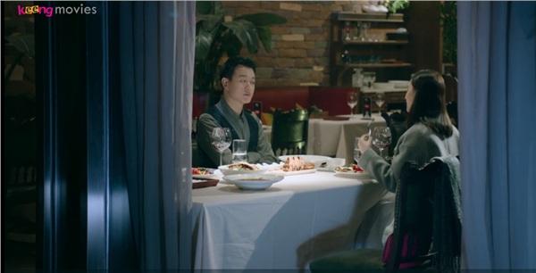 Cuộc gặp gỡ của Cảnh Mặc Trì và Bạch Khảo Nhi bị lọt vào ống kính của phóng viên