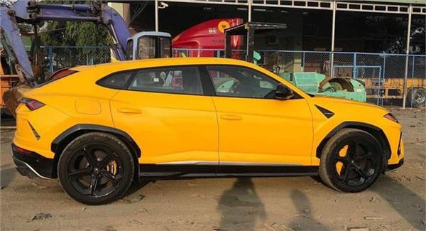 Lamborghini Urus trị giá hàng chục tỷ đồng của đại gia Long An. Ảnh: Auto 568