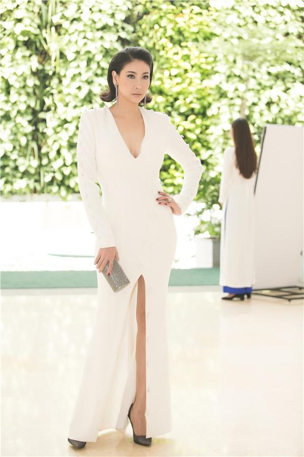 Hoa hậu Hà Kiều Anh là một trong 3 ban giám khảo đã được công bố hiện tại