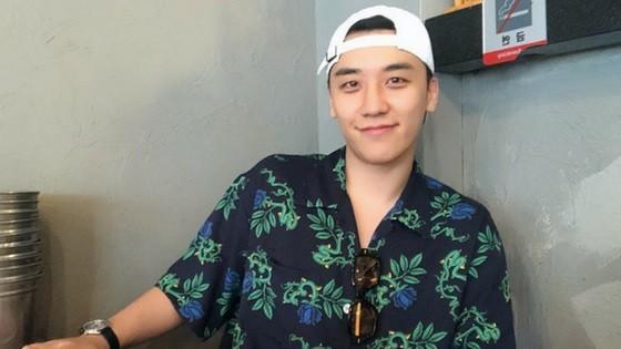 Cảnh sát tìm ra bằng chứng cho thấy Seungri chính là 'ông mối quan hệ tình dục' đứng sau hàng loạt buổi tiệc thác loạn 2