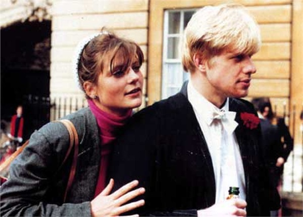 Allegra Mostyn-Owen và Boris Johnson thời trẻ.
