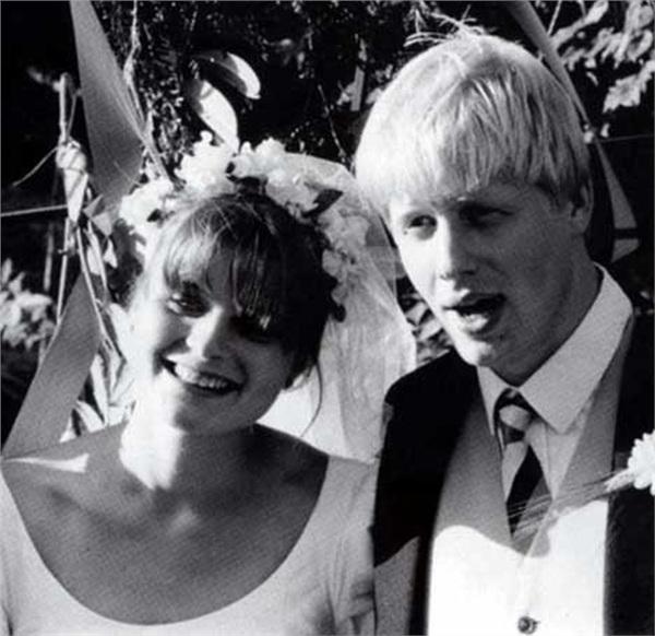 Đám cưới của 'cặp đôi vàng'diễn ra năm 1987.
