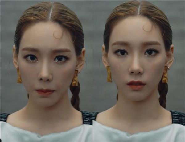 Kiểu tóc buộc gọn ra phía sau cũng vô tình làm lộ nhược điểm gương mặt gầy của trưởng nhóm SNSD. Taeyeon vẫn xinh đẹp như ngày nào, nhưng rõ ràng, từ cách trang điểm đến kiểu tóc đều không làm nổi bật được nhan sắc (vốn thiên hướng trẻ trung, đáng yêu) của cô nàng.