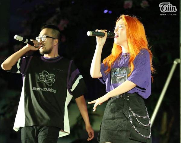 Ca sĩ Min và Lộn Xộn Band thay nhau 'bùng cháy' trong đêm 'Nắng sân trường' 1