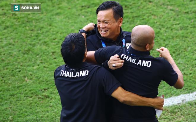 Tuyển Thái Lan đưa ra quyết định mạo hiểm để đối phó với Việt Nam ở King's Cup 0