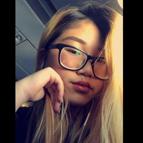 Chân dung cô con gái đang du học tại Úc của nữ MC Cát Tường 11