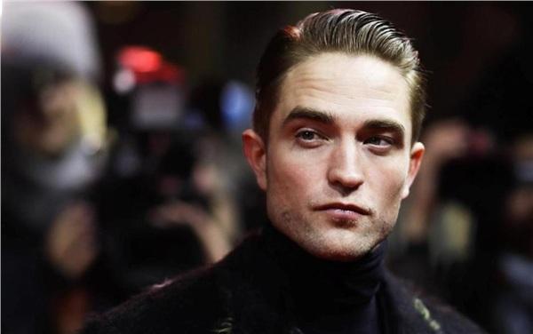 Robert Pattinson đang là lựa chọn hàng đầu cho vai Người Dơi của DC.