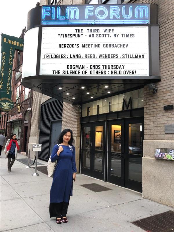 Đạo diễn Ash Mayfair đang có mặt tại Mỹ để giới thiệu bộ phim Vợ Ba đến với công chúng tại đây. Sau Mỹ, các thị trường tiếp theo sẽ chiếu thương mại tác phẩm là Australia (tháng 6) và Nhật Bản (tháng 8).