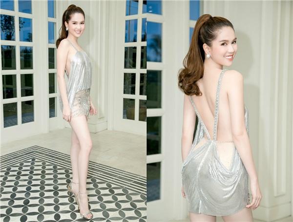 Tháng 9/2017, trong một sự kiện,người đẹp Trà Vinh khoe dáng với trang phục 'trống trước hở sau'.