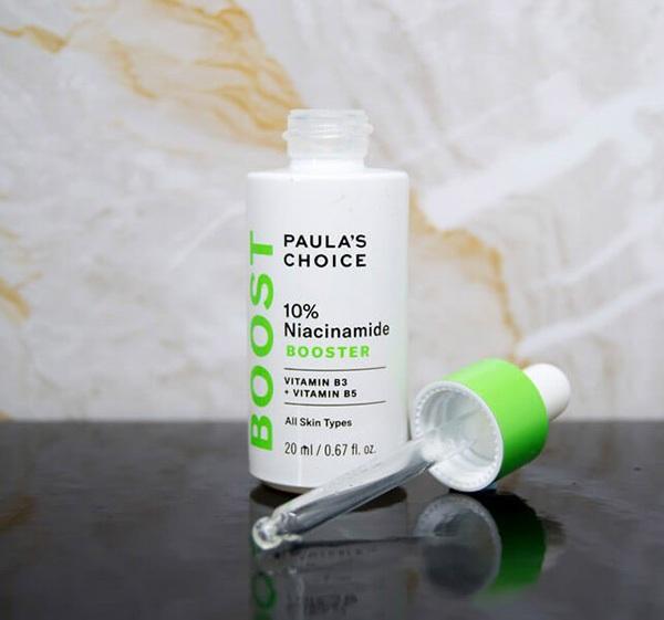 Trên thị trường hiện nay có nhiều sản phẩm giúp chăm sóc da, tuy nhiên để hiệu quả bạn nên chọn loại chứa10% niacinamide và đượcthiết kế dành riêng cho làn da lão hóa, không đều màu, lỗ chân lông to, ...