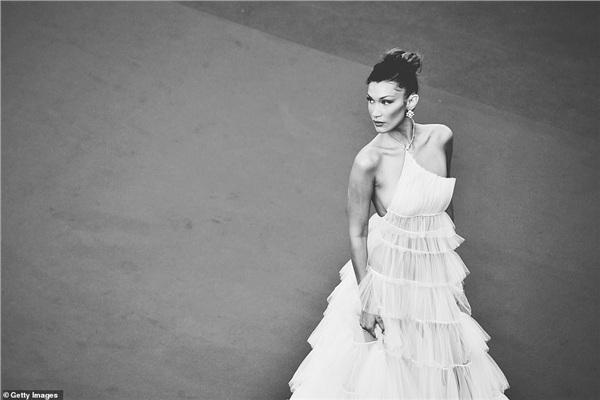 Ngắm những khoảnh khắc Cannes 2019 qua bộ ảnh đen trắng tuyệt đẹp 1