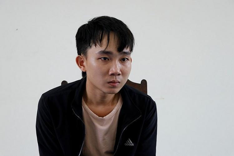 Đối tượng Nguyễn Cảnh Vương tại cơ quan công an.