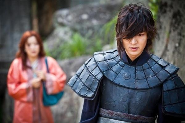 Vai diễn cổ trang đầu tiên của Lee Min Ho