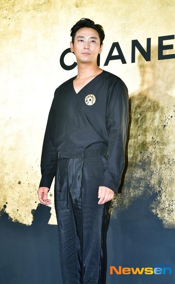 Nam diễn viên điển traiJoo Ji Hoon...