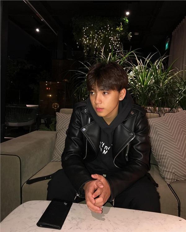 Từng bị chỉ trích 'ung thư' vì tham gia nhóm hot teen Hà thành, Long Hoàng giờ ra sao? 11