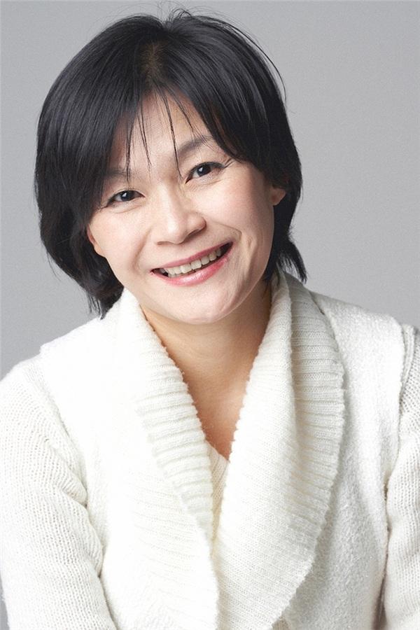 'One Spring Night' của Jung Hae In và Han Ji Min: 'Chị đẹp' phiên bản 'nâng cấp' hay bộ phim tình cảm đáng xem? 4