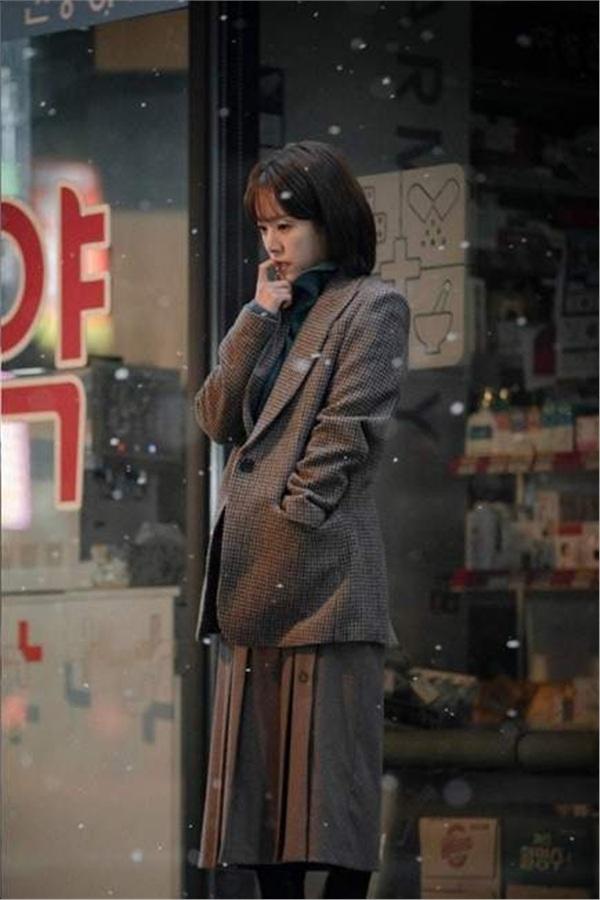 'One Spring Night' của Jung Hae In và Han Ji Min: 'Chị đẹp' phiên bản 'nâng cấp' hay bộ phim tình cảm đáng xem? 15