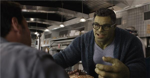 Bí mật hậu trường 'Avengers: Endgame' (Phần 1): Hulk có 5 cái kết, Sebastian Stan tưởng Iron Man và Black Widow kết hôn 7