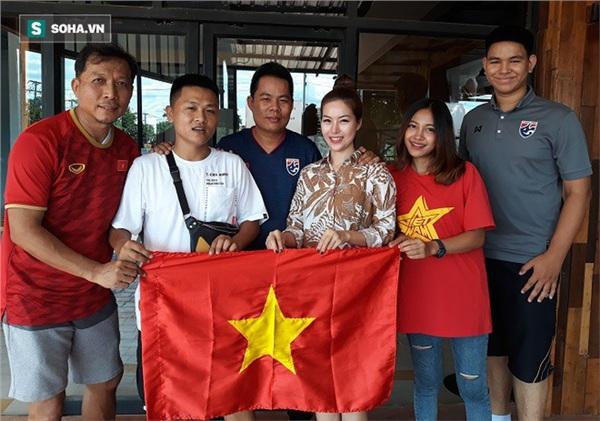 Tất cả CĐV Việt Nam và Thái Lan đều có chung một niềm tin rằng...
