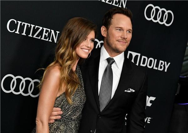 Hình ảnh của cặp đôi trong lần đầu tiên công khai sánh vai cùng nhau đến sự kiện tại buổi ra mắt 'Avengers: Infinity War'