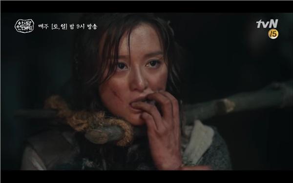 'Arthdal Chronicles' tập 4: Không phải Song Joong Ki, Kim Ji Won mới là người đầu tiên có màn đối đầu gay gắt với Jang Dong Gun 6