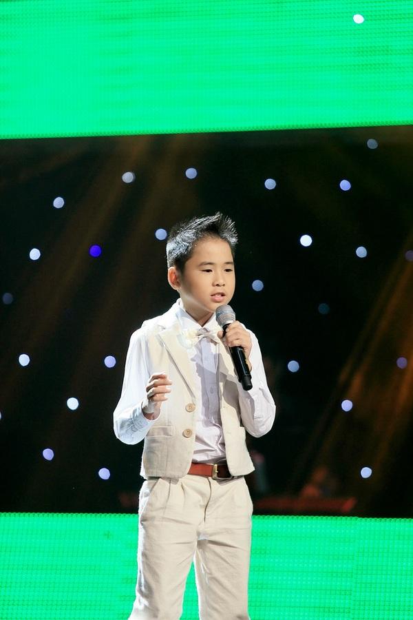 Quang Nhật trong chương trình The Voice Kids