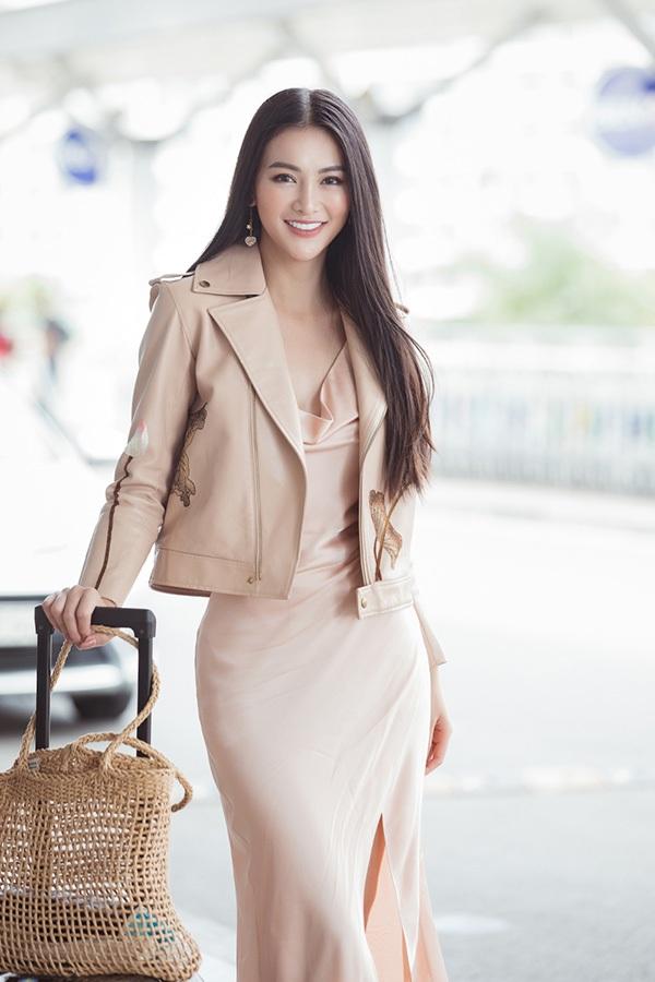 Hoa hậu Phương Khánh lên đường chấm thi Miss Earth Singapore 2019 0