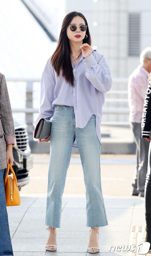4 công thức thời trang sân bay được sao Hàn 'xào đi xào lại'là gợi ý hay ho cho nàng mix đồ ngày hè 1