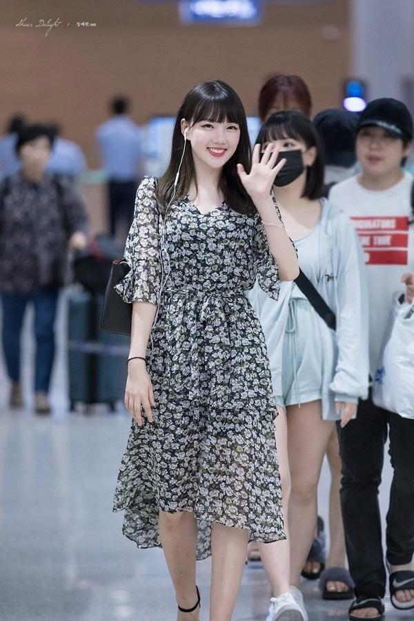 4 công thức thời trang sân bay được sao Hàn 'xào đi xào lại'là gợi ý hay ho cho nàng mix đồ ngày hè 13