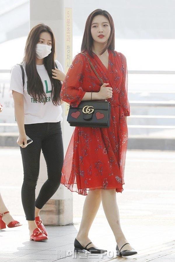 4 công thức thời trang sân bay được sao Hàn 'xào đi xào lại'là gợi ý hay ho cho nàng mix đồ ngày hè 14