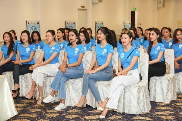Chung khảo Miss World Việt Nam 2019 KV phía Nam: Dàn thí sinh bị chê catwalk cứng đờ, nhan sắc kém nổi bật 7