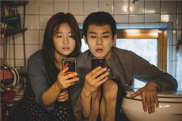 'Ký Sinh Trùng' cháy vé sneakshow, trở thành phim Hàn có doanh thu chiếu sớm cao nhất Việt Nam 1