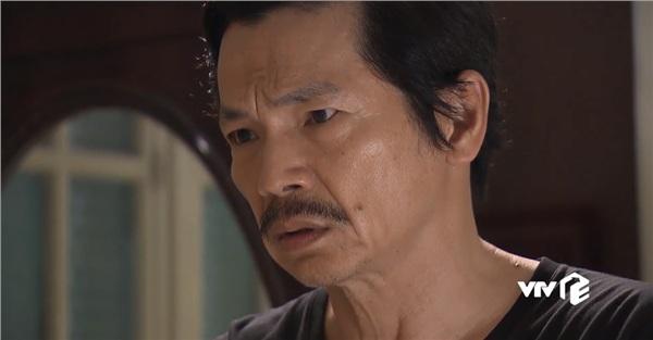 Ông Sơn dặn Huệ phải canh chừng em cẩn thận và điều tra về người yêu Dương cho ôngbiết